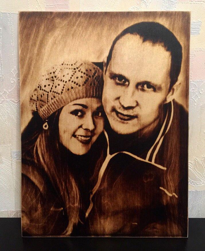 выжигание портретов по дереву на заказ в Красноярске